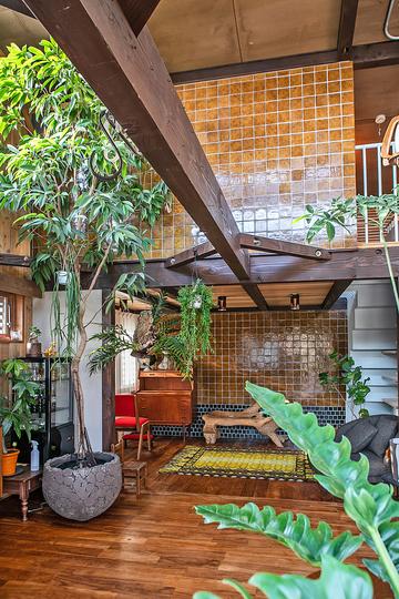 ヴィンテージ家具と植物と木とテグラがつくりだす空間 東琵琶湖の家をWORKSに追加しました